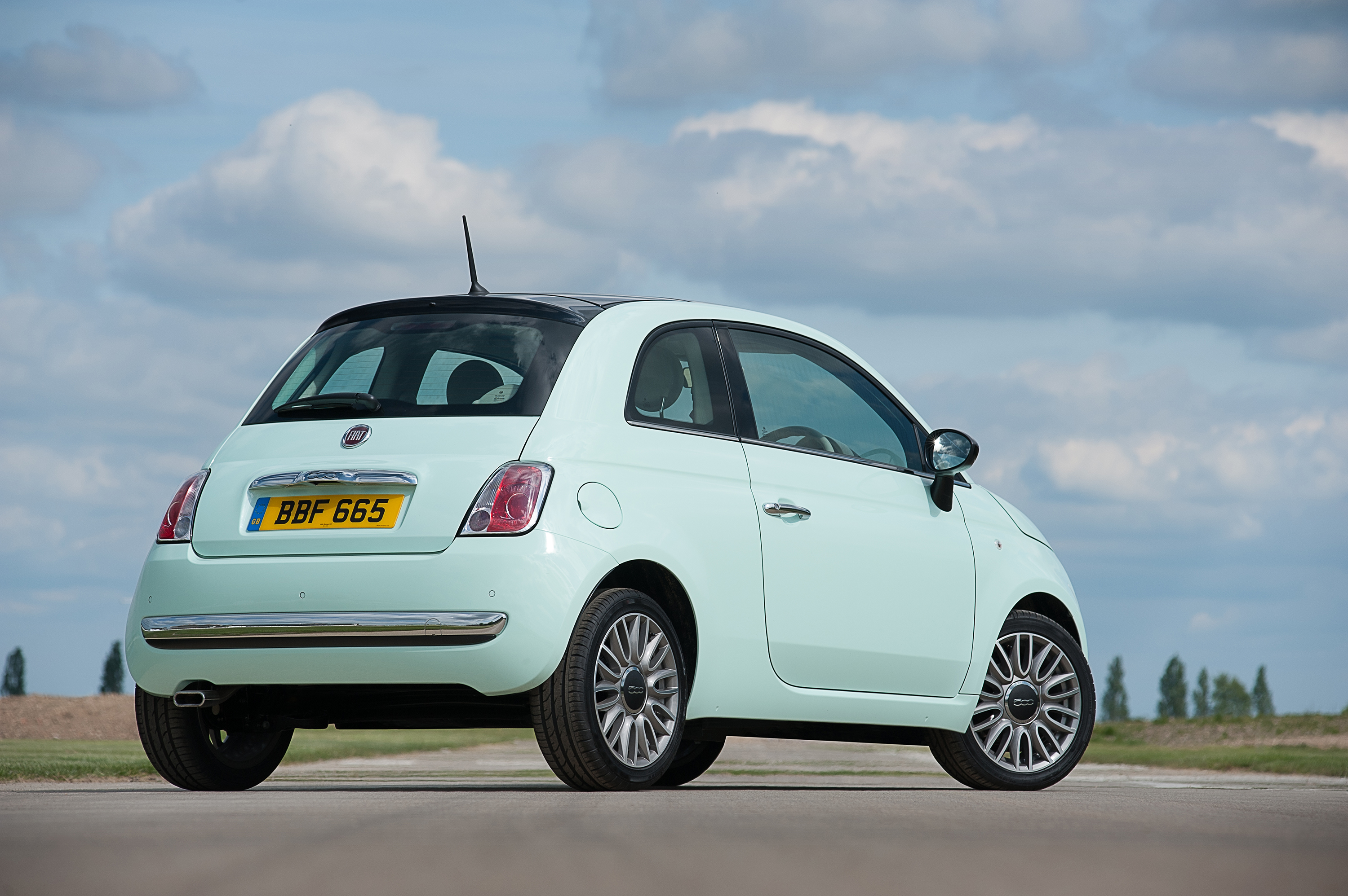 Light mint green Fiat 500