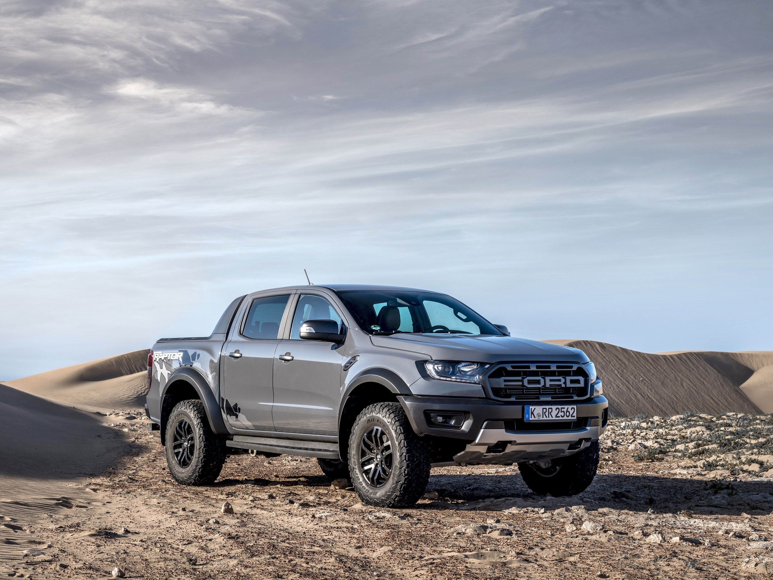 Front side angle of the Ford Ranger Raptor parked in the desert